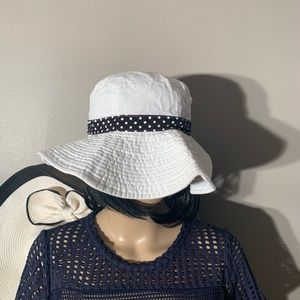 Accessories - Beach Cotton Hat White And Black Polka Dots